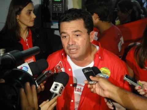 Vital Entrevista4 480x360 -  Vital garante implantação de centros para tratamento de crianças autistas em toda a Paraíba