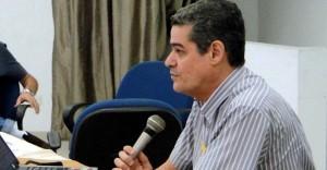 JALDES 690x360 300x156 - CIENTISTA POLÍTICO JALDES MENESES: Ricardo Coutinho leva vantagem e deve vencer amanhã