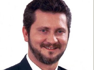 avenzoar arruda 300x225 - Secretário do PSOL diz que candidatos ao governo da Paraíba são iguais