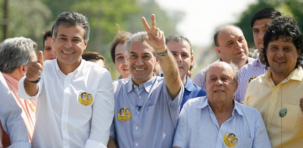 azambuja - Azambuja vence Delcídio (PT), e PSDB governará o MS pela primeira vez