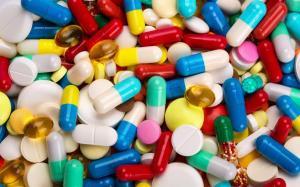 comprimidos 300x187 - Pacientes de câncer apelam para Ricardo Coutinho solucionar falta de medicamentos
