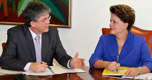 Ricardo se reúne com a presidente Dilma e discute parcerias com o Governo federal