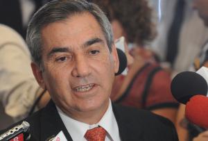 gilberto carvalho 300x203 - Ministro do Desenvolvimento Agrário visita a Paraíba nesta quarta-feira