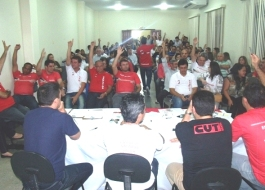 Bancários do BB, Caixa e Privados aprovam acordo da Fenaban e encerram greve