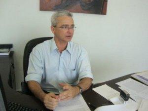 lúcio 300x225 - Analista afirma que estratégia de Ricardo Coutinho contra Cássio Cunha Lima não deu certo