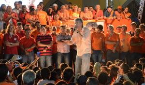 mimo 300x176 - Ricardo, Maranhão, Veneziano e Vital reúnem 15 mil pessoas durante comício em Itabaiana