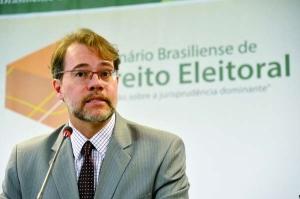 ministro dias tse 300x199 - TSE faz balanço das eleições e afirma que a biometria funcionou