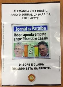 panfleto 219x300 - Coligação de Ricardo Coutinho ironiza jornal paraibano através de panfletos de campanha