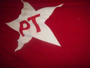 pt 300x225 - TSE nega direito de resposta ao PT por reportagem