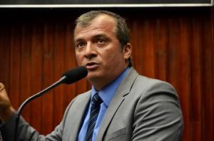 trocolli nova 300x198 - Deputado diz que não existe justificativa para aliança do PMDB com Ricardo Coutinho e revela acordo com Cássio