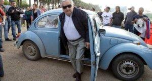 1 milhao fusca mujica 645x345 300x160 - Presidente Mujica recebeu uma oferta de US$ 1 milhão pelo seu fusca azul