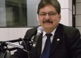 Eleição para AL: Adriano Galdino reúne sete deputados estaduais