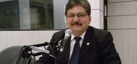 SUCESSÃO NA ASSEMBLÉIA: Adriano Galdino afirma que pretende fechar acordo com 26 deputados