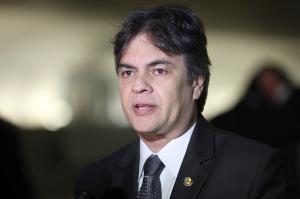 cassio 300x199 - VÍDEO: Cássio Cunha Lima diz que irá combater métodos ilícitos de vitória nas eleições e defende auditoria das urnas eletrônicas