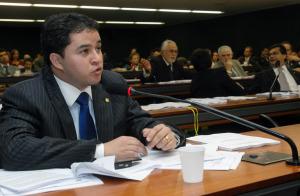 efbanc12 300x196 - Comissão aprova regras para implantação do documento único de registro civil