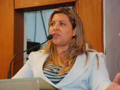 eliza - Eliza diz que permanecerá fiscalizando a gestão do PSB na Paraíba