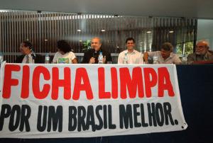 ficha limpa destaque 300x202 - Focco quer aplicação da Ficha-Limpa em prefeituras no próximo ano