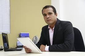 laerte  - Essa conversa de Paraíba unida pelo desenvolvimento, união de bancadas, projeto de desenvolvimento. Muito pouco se tornou algo real - Por Laerte Cerqueira