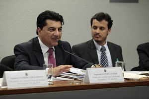 manuel jr. 300x200 - Deputado paraibano é relator da MP que trata do exercício da atividade Farmacêutica