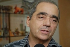 """roberto cavalcanti 300x200 - ROBERTO CAVALCANTE: """"fico a lamentar a compulsão que alguns têm para promover a desagregação através da fofoca"""""""