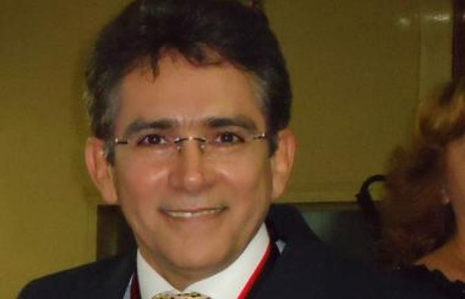 Mariz defende governo e diz que judicialização da LOA é culpa dos poderes