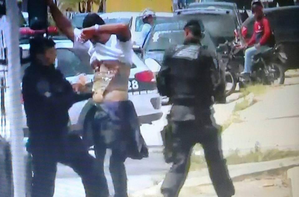 OUSADIA DOS BANDIDOS: Motorista de carro forte é sequestrado e tem explosivos amarrados no corpo