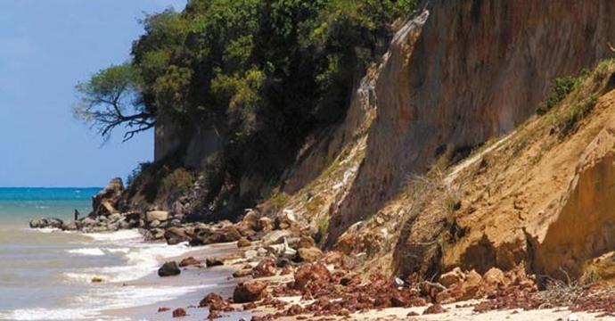 Erosão na barreira do Cabo Branco será discutida no Ministério do Turismo