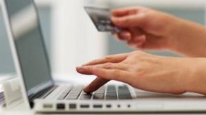 Compras online: 27% dos internautas do país fizeram compras pela rede nos últimos doze meses.