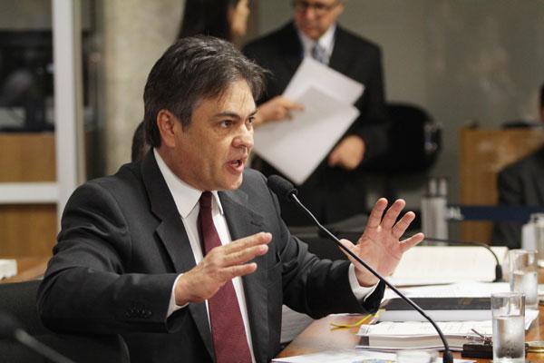 Senador Cássio defende que o PSB não deve aceitar nenhum cargo no governo Temer – SAIBA OS MOTIVOS