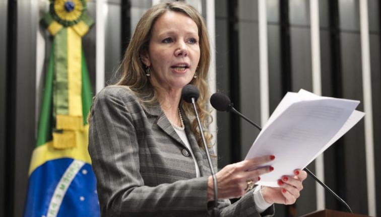 """PROPOSTA POLÊMICA: Senadora do PCdoB propõe o fim da """"reeleição infinita"""" para parlamentares"""