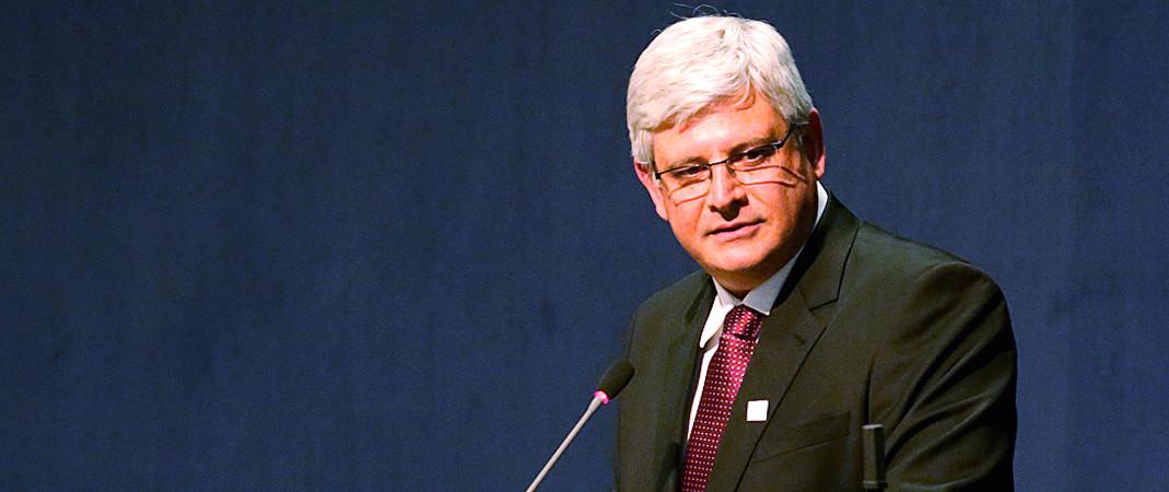 NOMES FINALMENTE: Janot pede para investigar Lula, Dilma, Aécio, Serra, Maia e Eunício