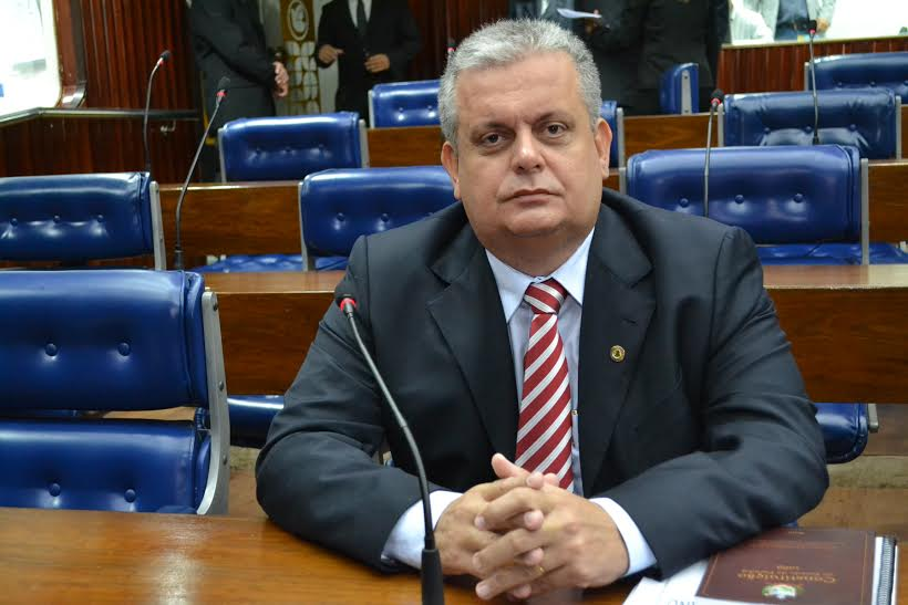 Deputado João Bosco consegue a reforma da Escola Normal de Alagoa Grande