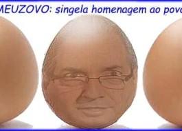 O que faltou na Assembleia no tumulto com Cunha, para completar, que fossem jogados também ovos de baixo para cima. Seria uma belíssima ovação !!!