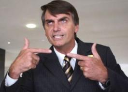 VEJA VÍDEO: Bolsonaro diz que se absteve na votação da terceirização por medo