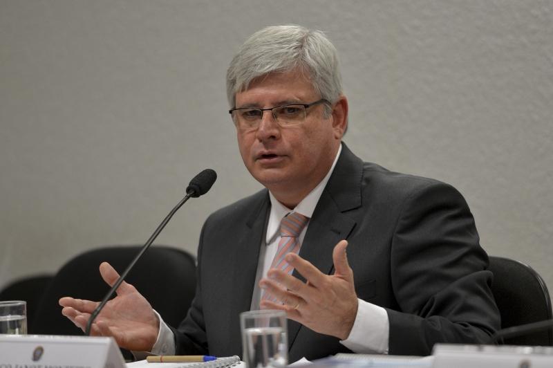 VAI DIZIMAR BRASÍLIA: Expectativa para a divulgação da lista de Janot com 30 pedidos de inquéritos