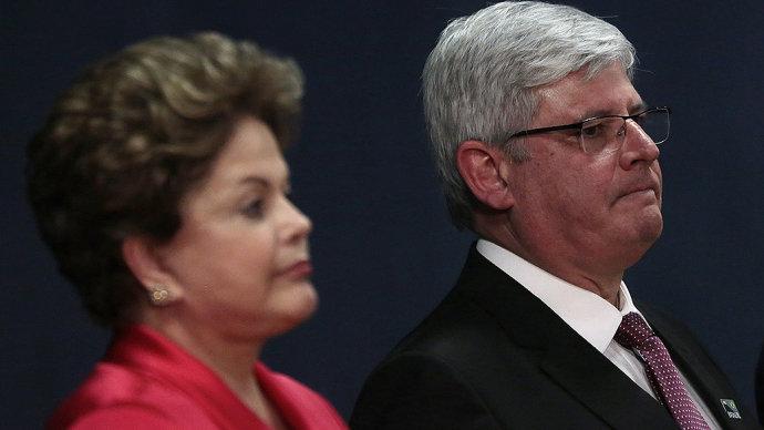 Janot pediu arquivamento, mas TSE continua com investigação da campanha de Dilma