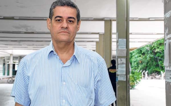 Cientista político afirma: 'Investigação pode tirar Dilma e Temer da presidência'