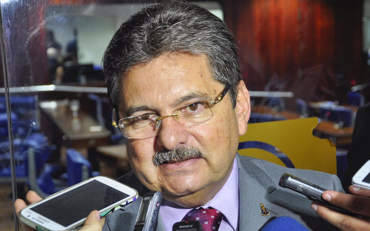 Adriano Galdino anuncia dobradinha PSB PMDB em Campina e João Pessoa