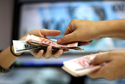 Publicado decreto que garante adiantamento do 13º salário
