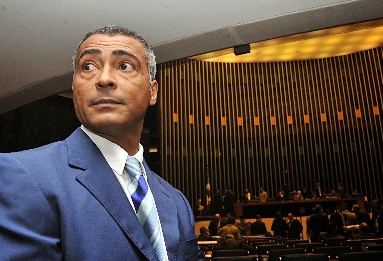 Romário fala sobre possibilidades de concorrer à presidência