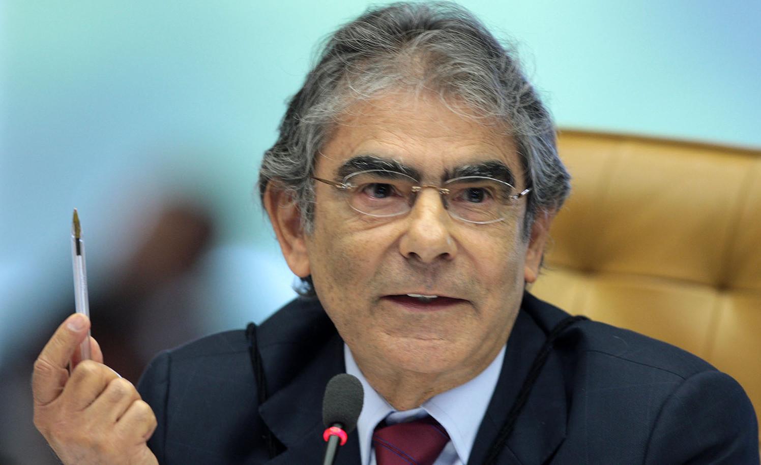 'Lei do Direito de Resposta é hostil à liberdade de imprensa', diz ex-ministro Ayres Britto