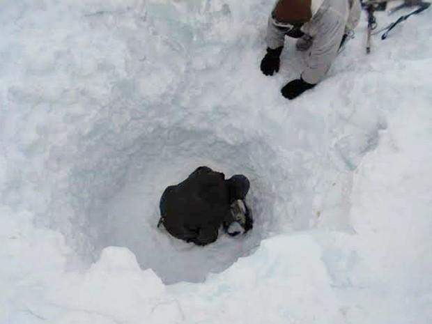 000 del8401275 - Homem é achado vivo 6 dias após sumir em avalanche no Himalaia