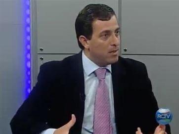 GERVASIO MAIA - Gervásio toma coragem de deixar o PMDB? - Por Laerte Cerqueira
