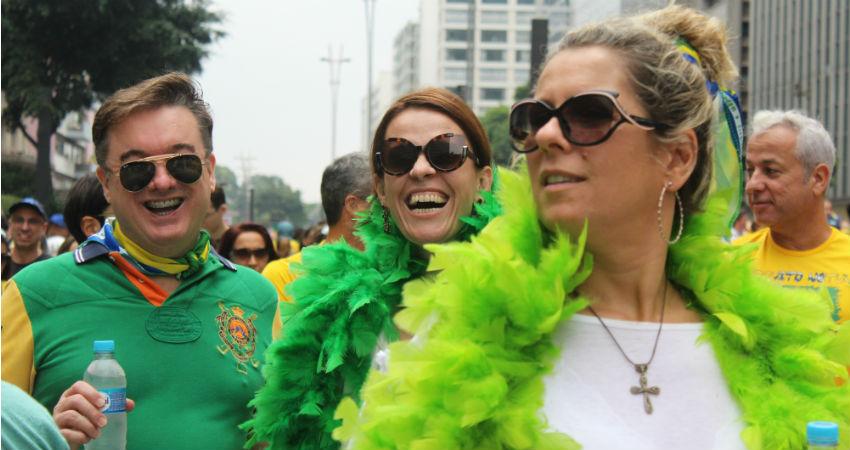 PESQUISA DATAFOLHA: Protesto cresce, mas manifestante mantém perfil de alta renda