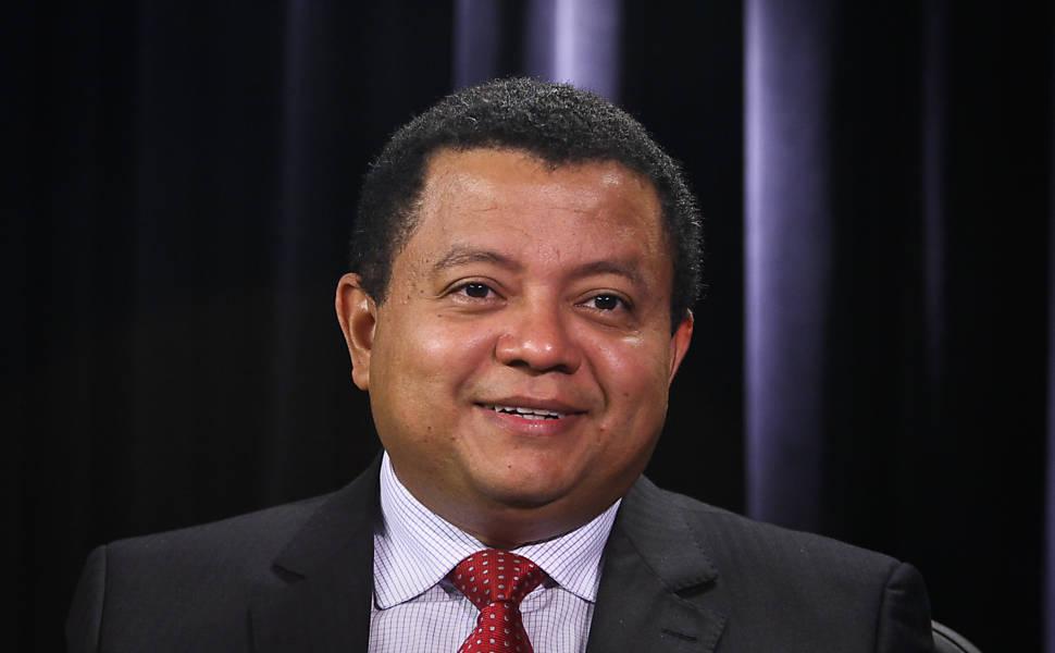 PELO IMPEACHMENT: Rede vai se associar às ações que pedem cassação de Dilma no TSE
