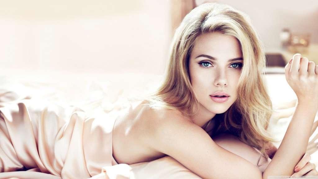 Homem cria mulher robô idêntica a Scarlett Johansson – VEJA VÍDEO