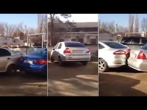 VEJA VÍDEO: Se beber não estacione! Foram 17 carros batidos enquanto tentava fazer uma baliza
