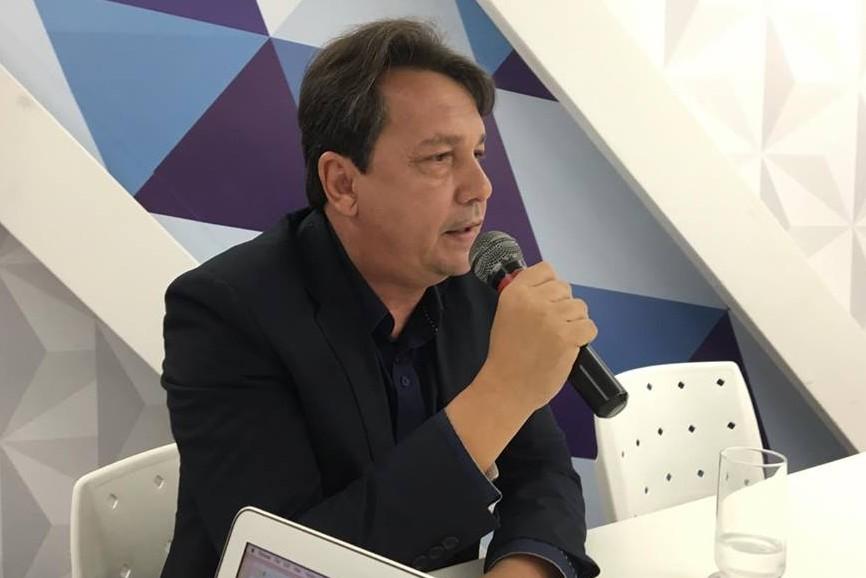 Bezerra defende Cartaxo e acusa Nonato de se isolar para não ajudar o prefeito