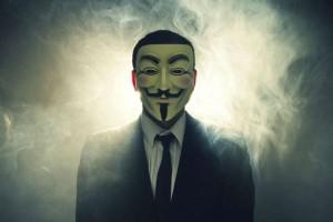 Hackers da Anonymous caçam estupradores do RJ que jogaram vídeo na internet