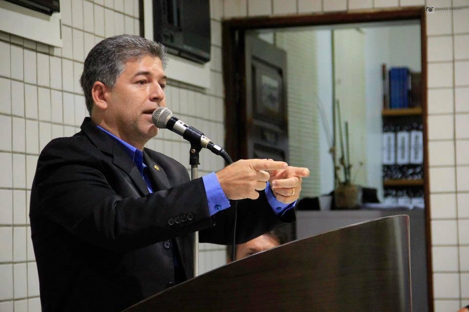 Advogado acusa prefeito de Cabedelo de enriquecimento ilícito
